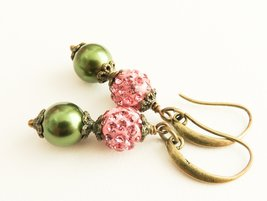 Dusty pink earrings, green and pink earrings, vintage style jewelry - $10.85