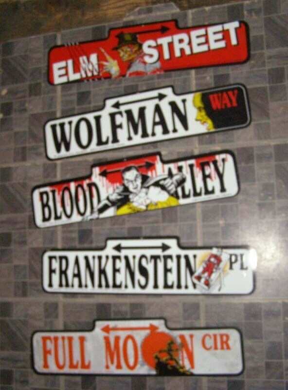 Primary image for Monster Plastic Street Signs Decorations  Nightmare On Elm Street Dracula Wolfma
