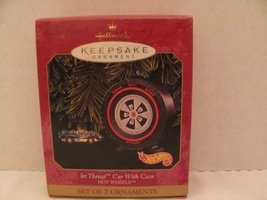 Hallmark Keepsake Ornament - Hot Wheels Jet Threat Car with Case (2 Piec... - $12.85