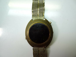 VINTAGE 1970'S RED Murcury time USA NY LED gold color WATCH TO RESTORE o... - $87.32