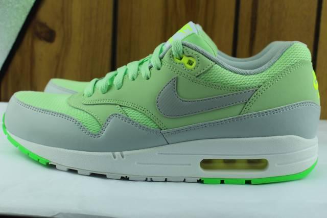 Nike Hombre Air Max 1 Essential Talla:11.0 verdes running Nuevo Auténtico
