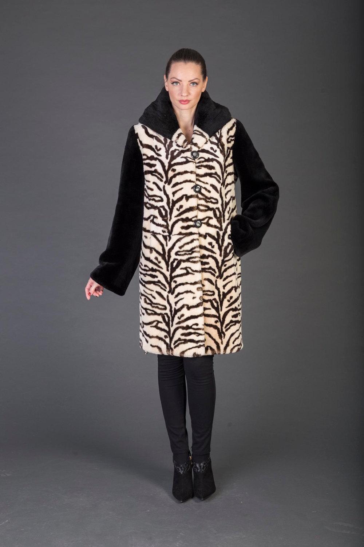 Luxury gift/Beige  Black  Beaver With Pattern Fur Coat / Hooded/Wedding,or anniv