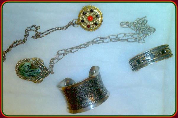 Jewelry  24  thumb960