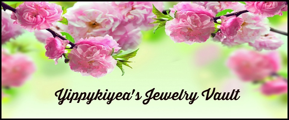 A welcome banner for Yippykiyea's Jewelry  Vault
