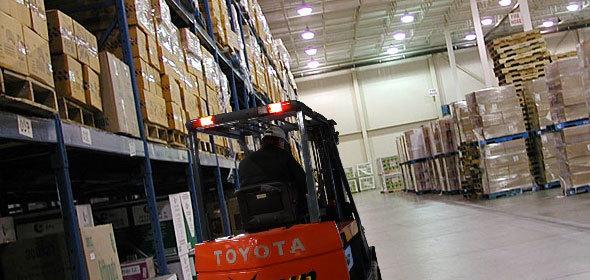 Img warehousing thumb960