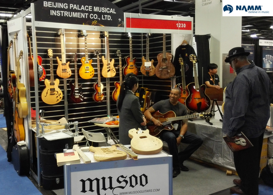 A welcome banner for musooguitars19's booth,best product with favorable price