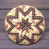 Folded_star_pin_cushion