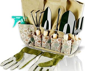 Scuddles Garden Tools Set - 8 Piece Heavy Duty Gardening Kit with (Light Green), an item from the 'Garden Tools' hand-picked list