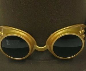 Steampunk Pilot Gold goggles Adult costume accessory New In Package, an item from the 'Costume Accessories' hand-picked list