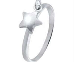 Twinkle Twinkle Little Star Dangle 925 Silver Charm Ring Band Size US 3 - 13 Eng, an item from the 'Treat Yourself' hand-picked list