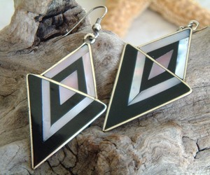 Vintage Mexico Earrings Silver Black Mother Pearl Geometric, an item from the 'Geometrically Speaking..' hand-picked list