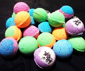 6Pcs Assorted Stress Relieving Moisturizing Fizzy Bath  Bombs, an item from the 'Girls Night In' hand-picked list