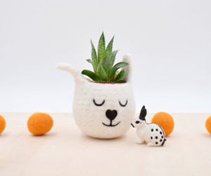 Succulent planter /spring bunny/White Rabbit planter/Felt planter/indoor planter, an item from the 'Indoor Garden' hand-picked list
