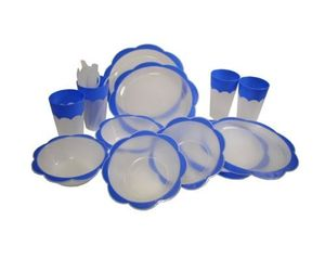 Cuisine Collection 24 Piece Plastic Picnic Set, an item from the ' Pic·nick·ing' hand-picked list