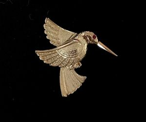 HUMMINGBIRD Bird Vintage BROOCH Pin in Gold-Tone - 2 inches - FREE SHIPPING, an item from the 'Community Picks: Spring has sprung' hand-picked list