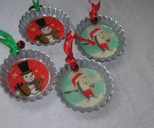 Lot of 4 Hallmark Large Metal Bottle Cap with Snowman or Cooking Penguin Christ, an item from the 'Holiday Cookies & Cooking' hand-picked list