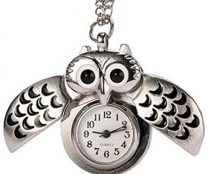 REATR Pocket Watch Alloy Cute Owl Pendant Vintage Quartz Watch With Gift Chain, an item from the 'Watch It!' hand-picked list