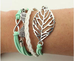 HOLLOW LEAF MULTIWRAP BRACELET  >> COMBINED SHIPPING <<  (11438), an item from the 'Leaf It Be' hand-picked list