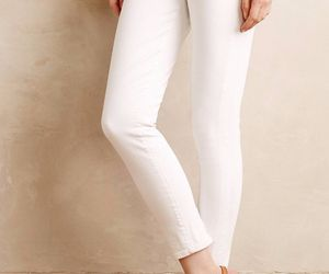 NWT CITIZENS of HUMANITY AVEDON ULTRA SKINNY OPTIC WHITE ANKLE JEANS 30, an item from the 'Free Fall-ing' hand-picked list
