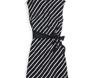 Tommy Hilfiger Adaptive Stripe Wrap Dress Size L, an item from the 'Adaptive clothing for disabilities' hand-picked list