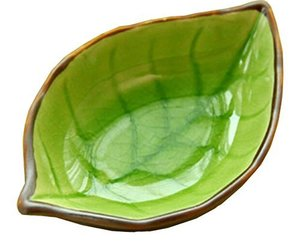 4 PCS Creative Dishes Multi-purpose Tableware Relish Dishes Leaves Green, an item from the 'Leaf It Be' hand-picked list