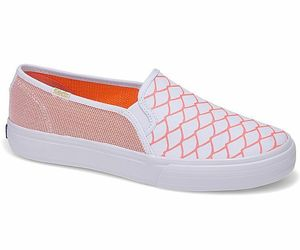 Keds WF57649 Women's Alaina Marie Double Decker Mesh Waves Coral Size 9.5, an item from the 'Summer Sneaks' hand-picked list
