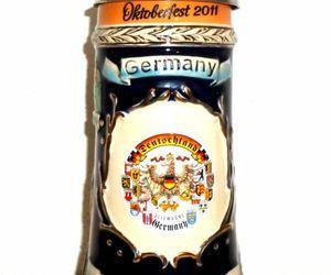 Munich Oktoberfest 2011 Wiesn lidded German Beer Stein, an item from the 'Oktoberfest' hand-picked list