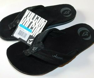 Volcom Jigsaw Creedlers Black Flip Flops Size 9 Brand New, an item from the 'Summer Menswear' hand-picked list