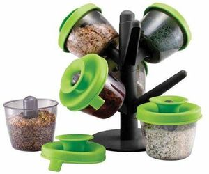 Home Basics 6 Pezzi Spice Tack Set, an item from the 'The Spice is Right' hand-picked list