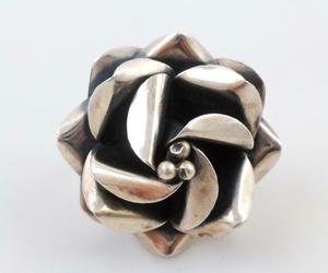 HUGE Flower Handcrafted RING in Sterling Silver - adjustable size 8 - MEXICO, an item from the 'Unique Handmade & Handcrafted Jewelry' hand-picked list