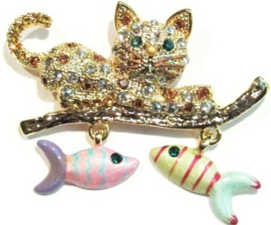 Cat Pin Brooch Dangling Fish Charms Crystal Gold Tone Metal, an item from the 'Preying Kitties...' hand-picked list