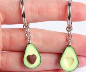 2PCS Simulation Fruit Avocado Heart Friendship Couple Keychain Keyring Jewelry, an item from the 'Tokens of Friendship' hand-picked list
