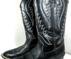Express Rider Trivette Black Faux Leather Cowboy Western Boots Size 8 US Men's, an item from the 'These Boots Were Made for Rocking' hand-picked list