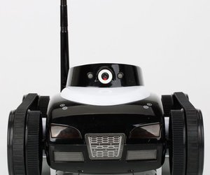COOL Wifi Instant Spy i-Spy Toy Tank Video Control Camera APP Controlled for iPa, an item from the 'Smart Home and WiFi' hand-picked list