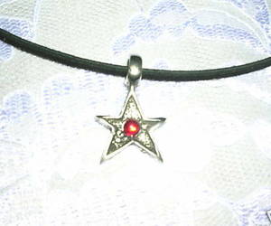 FUN ROCKER SHAPED METAL STAR w RED CRYSTAL PEWTER PENDANT ADJ NECKLACE, an item from the 'Rockstars' hand-picked list