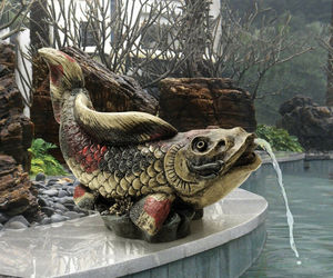 Outdoor fountain spitter Showa Asian Koi Spitter Piped Statue (gf), an item from the 'Ponds and Water Features' hand-picked list