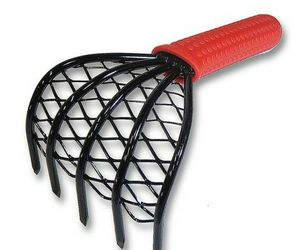 ARC Made in Japan Kumade Claw Rake and Cultivator - Rubber Grip, an item from the 'Cool Stuff' hand-picked list