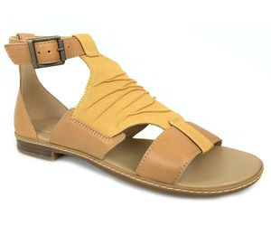 Timberland Women's Cherrybrook Yellow Leather Sandals A25D2, an item from the 'Sweet Summer Sandals' hand-picked list