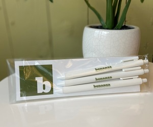 富矿Ballpoint Pens, 3-Pack, an item from the 'Bonanza Swag' hand-picked list
