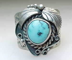 NAVAJO SILVERSMITH C MANNING Vintage Turquoise Ring in Sterling Silver - Size 13, an item from the 'Boho Mom' hand-picked list