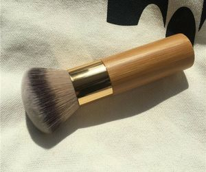 Round Top Buffer Bamboo Eco Friendly Wooden Foundation Cosmetic Makeup Brush NEW, an item from the 'Sustainable Beauty' hand-picked list
