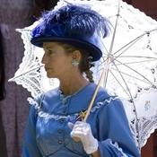 Cw parasolsq thumb175