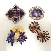 Purple brooches thumb175