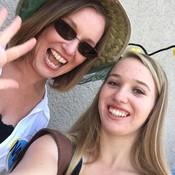 Selfie thumb175