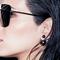Dior earring model thumb48