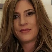 DeborahC1213's profile picture